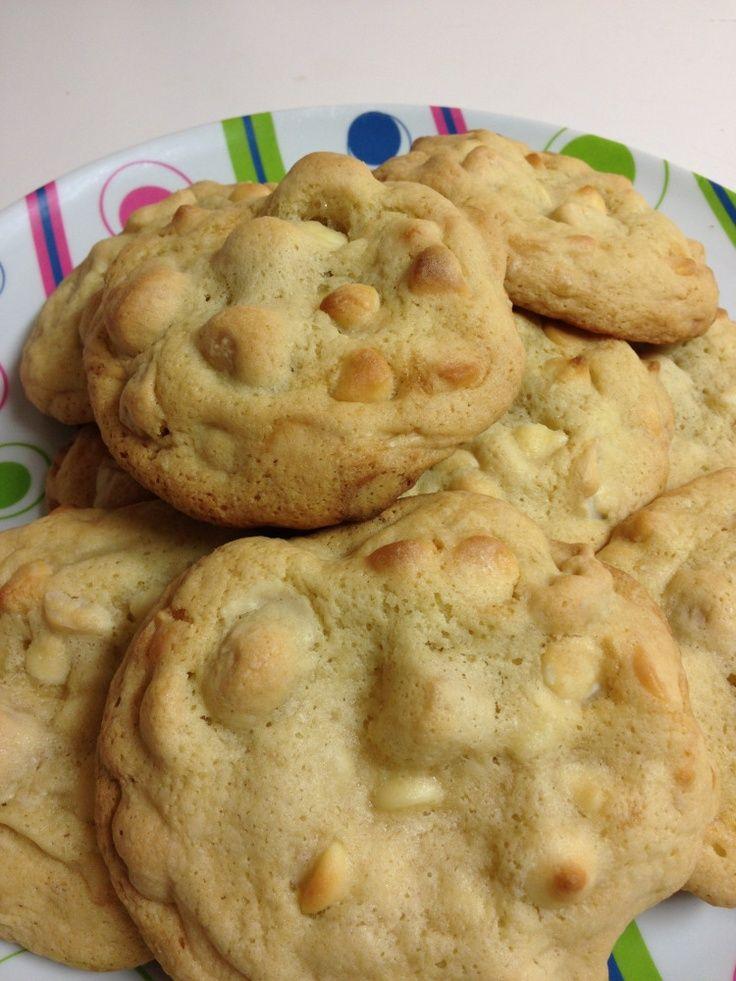White Chocolate Macadamia Nut Cookies | Food & Drink | Pinterest