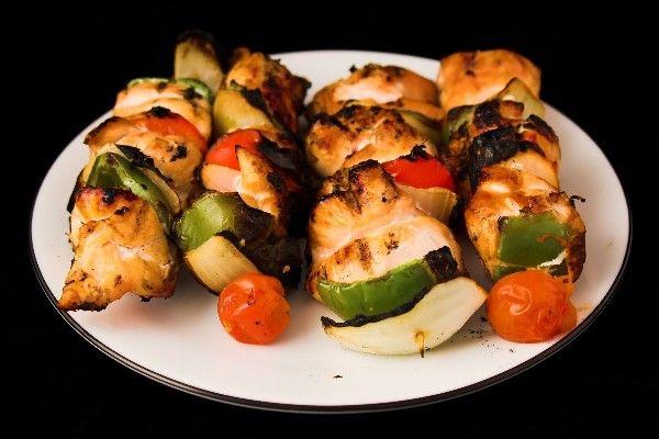 Hawaiian Chicken Kabobs #Recipe - Easy Grill Recipe