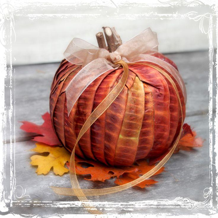 Autumn Pumpkin Ring Holder - FairyTale Inspired - Harvest Ring Bearer