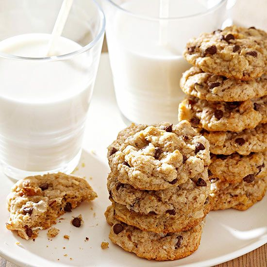 Whole Grain Chocolate Chip Cookies- whole wheat flour-rolled oats-oat ...