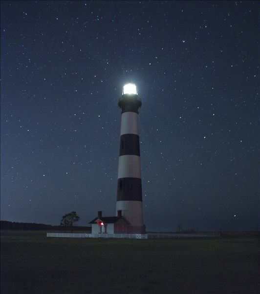 Beautiful Lighthouses At Night | www.imgkid.com - The ...