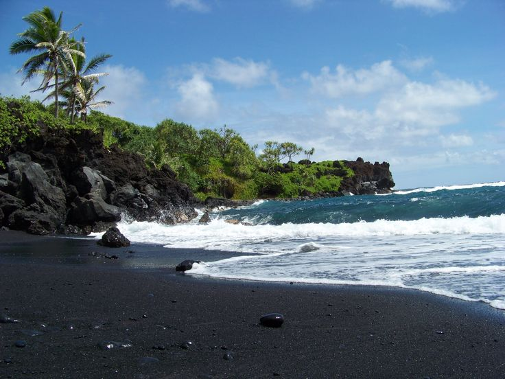 Black sands beach maui hawaii live aloha pinterest Black sand beach hawaii