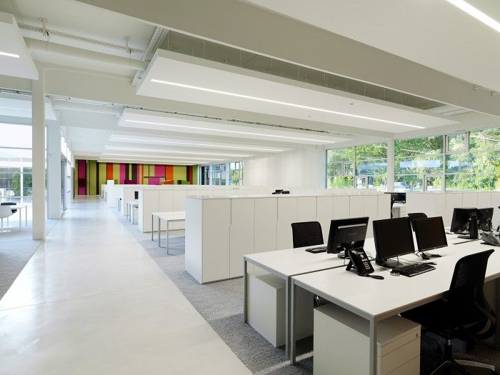 Cool accent wall in open office design office designs for Innovative office design