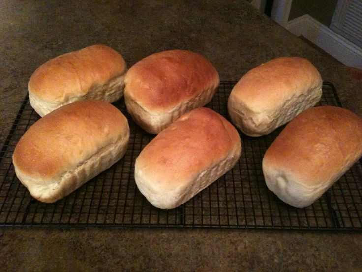 Mini loaves of homemade white bread for holiday baskets.