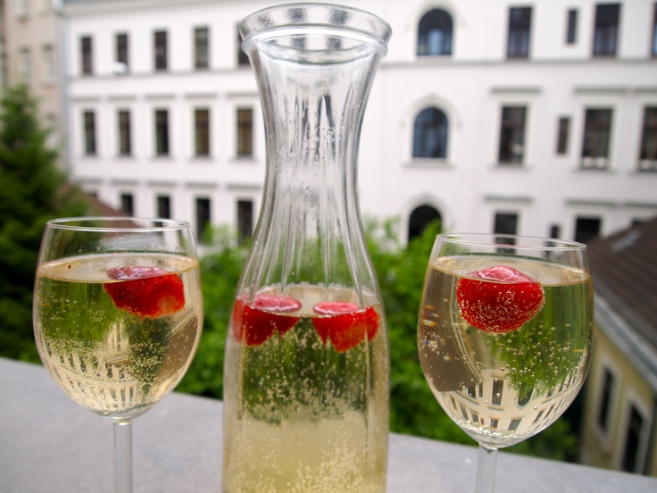 Elderflower & White Wine Spritzer: a twist on the classic with the ...
