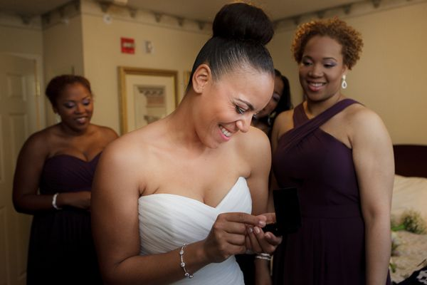 Modern Green and Purple Wedding by ArtPhotoSoul Photographers: Tai and Gavin - Munaluchi Bridal Magazine