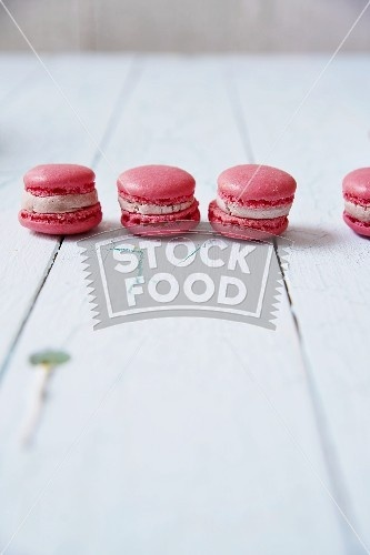 Pink macarons | Pretty in Pink | Pinterest