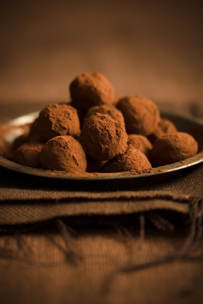 Chocolate truffles. Easy to make and fun to experiment with! Today ...