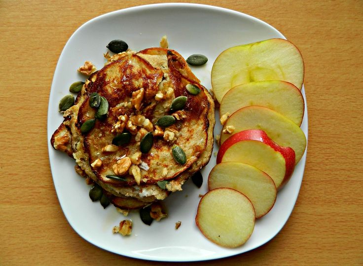 Banana and cinnamon pancakes with crushed walnuts, pumpkin seeds ...