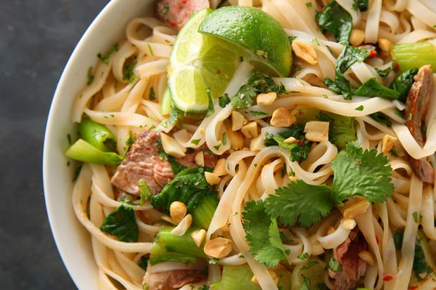 "Seared Steak with Spicy Rice Noodles | cookbook - collecting the ""pur ..."