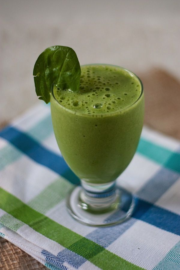 Basic Green Monster smoothie recipe. Yum.