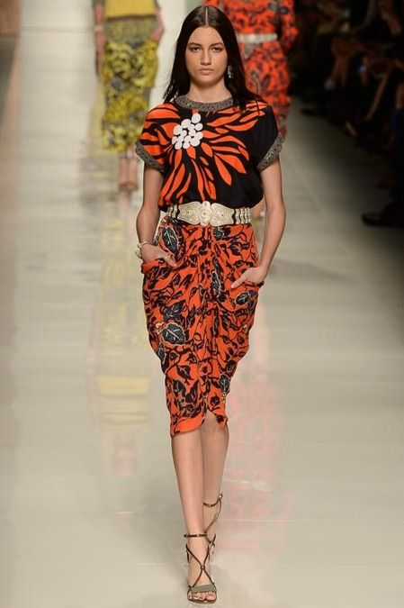 Etro Spring 2014 Ready-to-Wear Collection Slideshow on Style.com