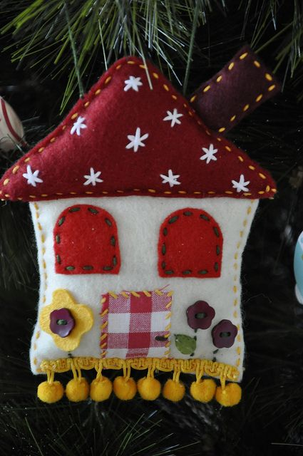 Christmas cottage ornament: by Kikilota on Flickr   Adorable!!