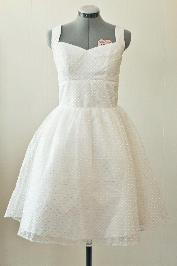 Swiss dot short wedding dress size large for Dotted swiss wedding dress