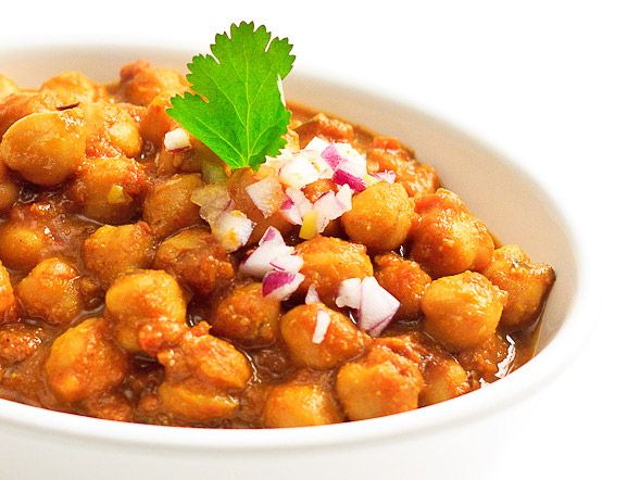 Spiced Chickpea Curry with Mango Powder - Just what I was looking for.