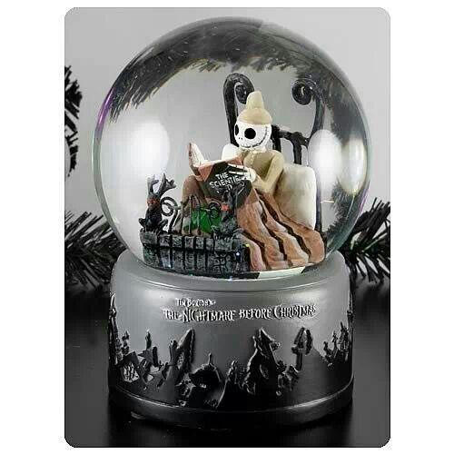Nightmare before Christmas snow globe | Jack Skellington | Pinterest
