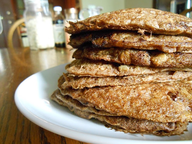 Oatmeal Cookie Pancakes | Yummy in my Tummy | Pinterest