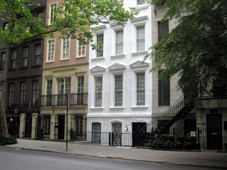 Upper east side houses gorgeous living rooms pinterest for Upper east side homes