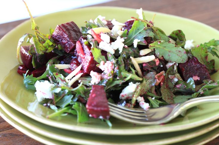 beet and goat cheese arugula salad - greens & chocolate