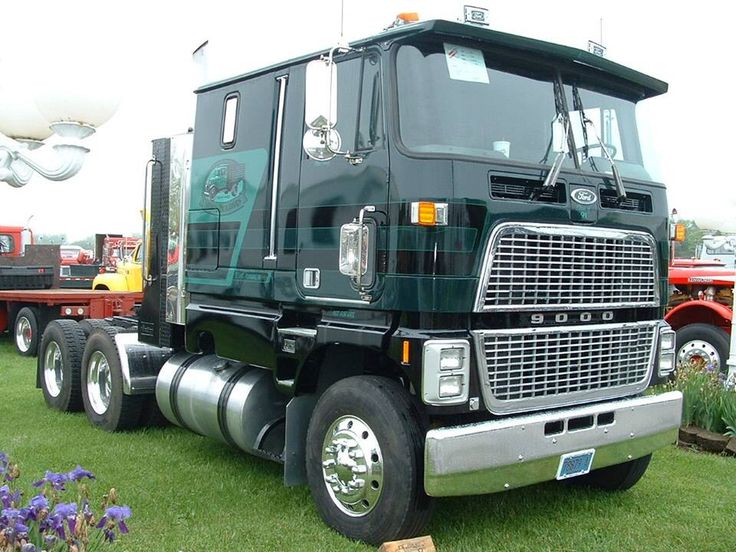 Ford 9000 Cabover Interior : Pin ford clt cabover american truck press photograph