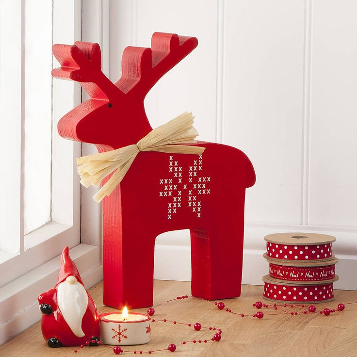 large nordic wooden christmas reindeer