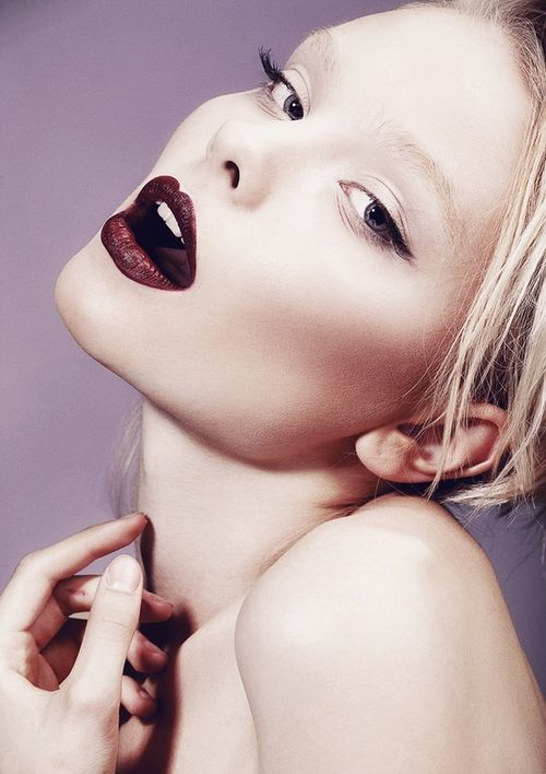Dark lip x