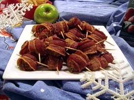 Bacon Roll-ups...These are a Christmas morning tradition at my mom's ...