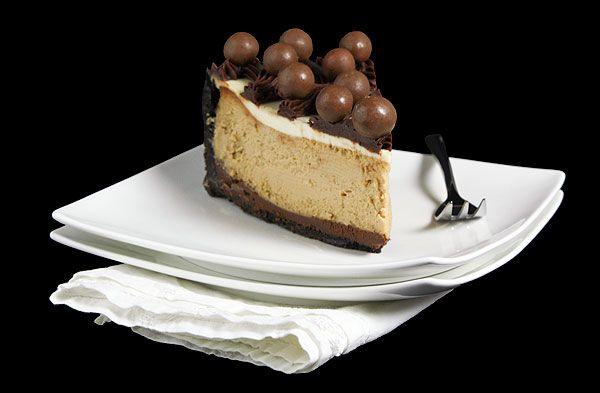 Cappuccino Fudge Cheesecake withe Ferrero Rocher Crust and Kahlua ...
