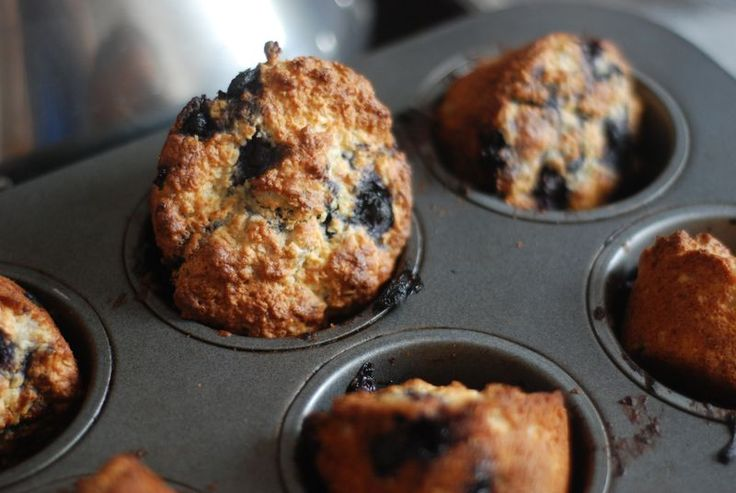 Healthy kid muffins // easy to make, pleasantly unsweet, nice ...