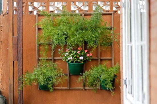 Jardim vertical com cabo de vassoura passo a passo | Como fazer em casa Artesanato