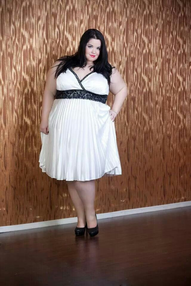 Plus size curvy girls fashion styles bbw