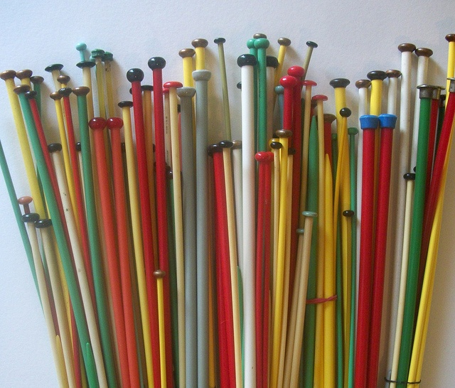 Knitting Needles : vintage knitting needles.....Mom was an avid knitter with projects ...