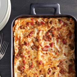 Bolognese Lasagne. If you want more great dinner ideas check out this ...