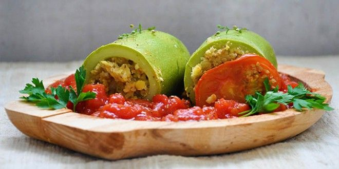 Stuffed Zucchini with Quinoa and Lentils | Food | Pinterest