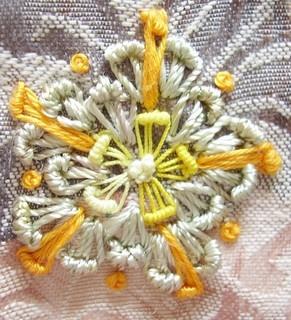 Week 37 Kiko's Flower stitch (2) by crazyQstitcher, via Flickr