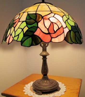 table lamps leaded stained glass antique lamps pinterest. Black Bedroom Furniture Sets. Home Design Ideas