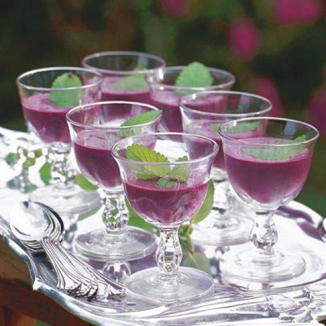 Chilled blueberry soup..lovely served at a brunch or luncheon. The ...