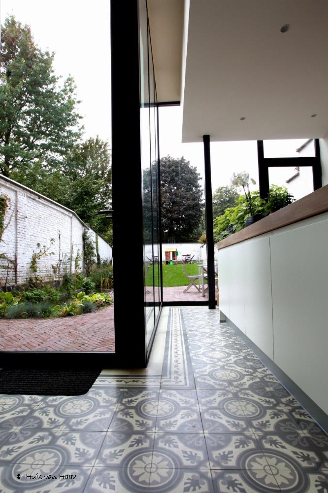 Cementtegels Keuken : cementtegels vs moderne keuken WONEN / meubelen, verlichting, kleur