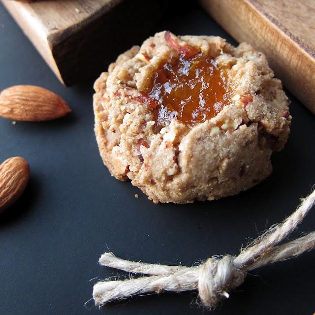 Almond Thumbprint Cookies | Christmas Recipes | Pinterest