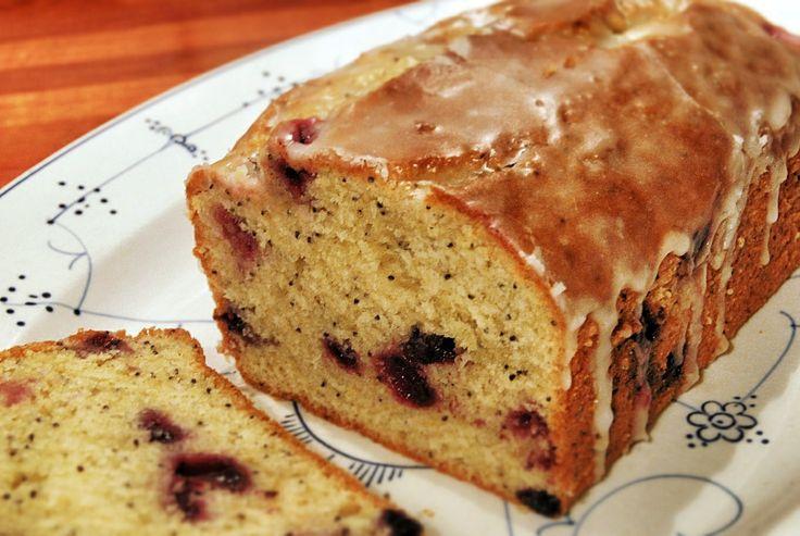 Lemon Blueberry Pound Cake, not a big blueberry fan, but man, this ...