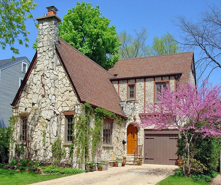 Stone cottage house pinterest for How to build a stone cottage