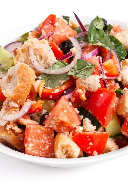Tuscan Panzanella bread salad (Panzanella Toscana) | Italian Food Net