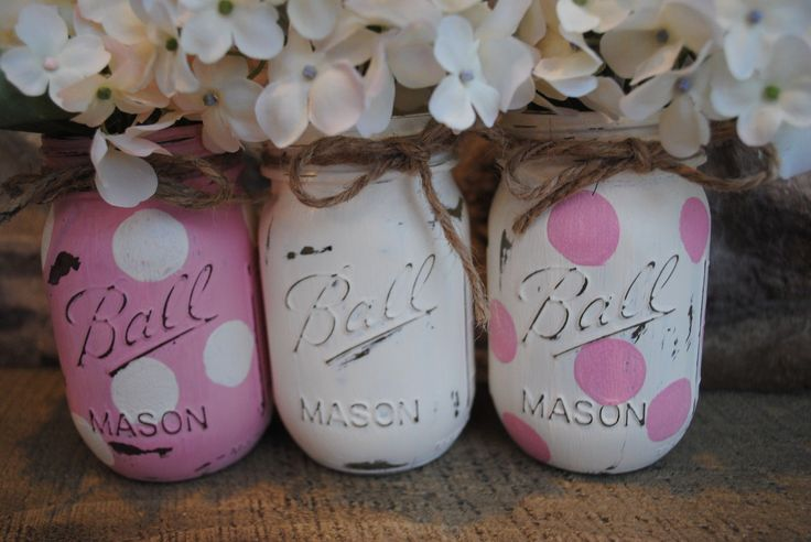 mason jar center pieces in pink or blue