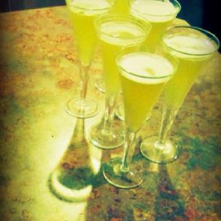 Applesauce. 2 parts fireball whiskey. 1 part sour apple pucker. 1 part pineapple juice. Delicious.