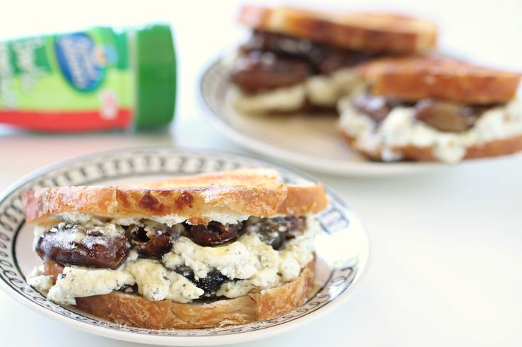 grilled cheese sandwich. This sammie pairs goat cheese, figs and honey ...