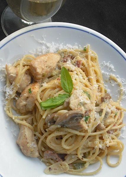 Kitchen Bounty: Bacon-Infused Pasta, Jalapeno Cream Sauce & Chicken