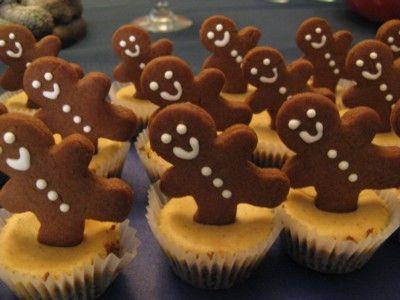 Mini Gingerbread Cheesecakes | Christmas | Pinterest