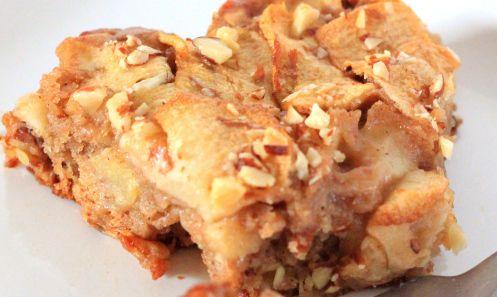 Easy Norwegian Apple Cake