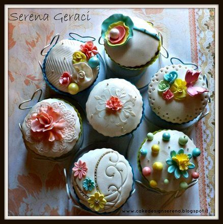 old fashioned garden cupcakes | Cupcakes, objects of beauty | Pintere ...