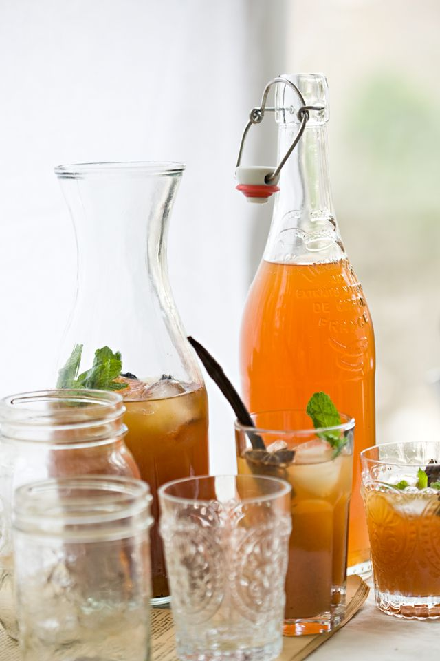 Rhubarb Iced Tea from @Jen Laceda | Tartine and Apron Strings